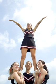 Cheerleaders in pyramid
