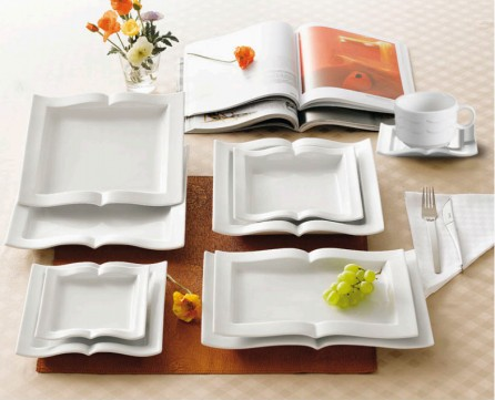 Book shaped dinnerware